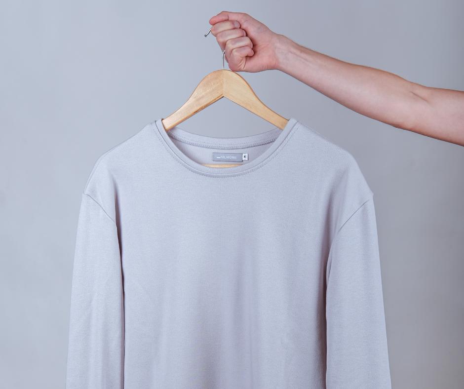 Cirkulární svetr